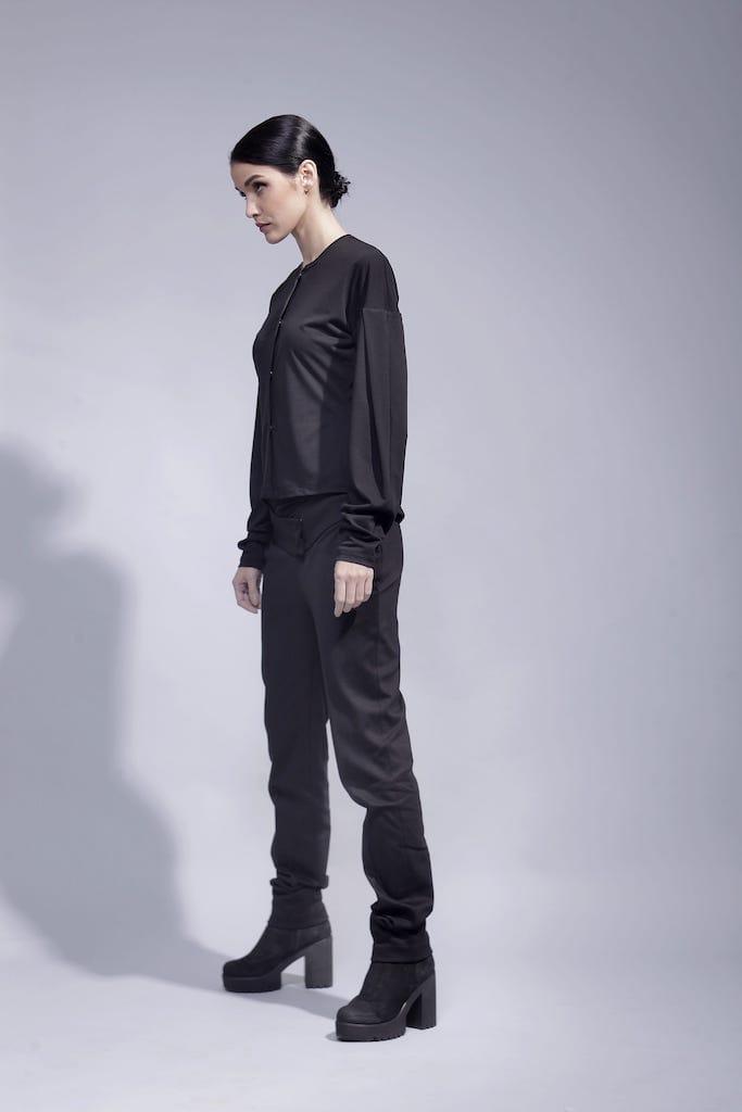 Черная кофта со сложным рукавом лакоста СКИДКИ